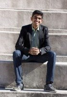A photo of Niranjan, a tutor from University of Illinois at Urbana-Champaign