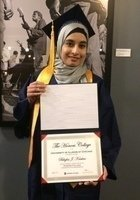 A photo of Jenine, a tutor from University of Illinois at Chicago