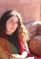 A photo of Anna, a tutor from Wesleyan University