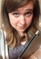 A photo of Caroline, a tutor from University of Washington