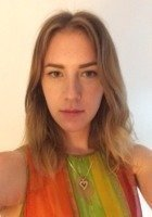 A photo of Lauren, a tutor from University of Chicago