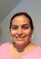 A photo of Sara, a tutor from Harris-Stowe State University