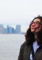 A photo of Yasmine, a tutor from Concordia University-Montreal