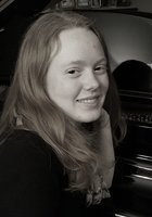 A photo of Caroline, a tutor from Fordham University