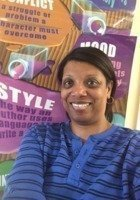 A photo of Yvette, a tutor from Loyola University-Chicago