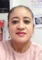 A photo of Jeanette, a tutor from CUNY Hunter College