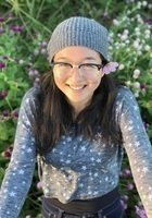 A photo of Sophie, a tutor from Amherst College