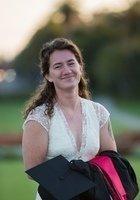 A photo of Skyler, a tutor from Barnard College