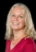 A photo of Lynn, a tutor from University of Massachusetts-Dartmouth