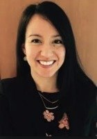 A photo of Elizabeth, a tutor from DePaul University