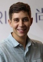 A photo of Jonathan, a tutor from Yale University