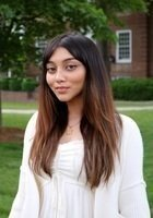 A photo of Selina, a tutor from Dartmouth College