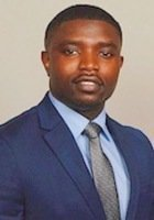A photo of Tayo, a tutor from Virginia Commonwealth University