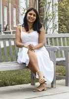 A photo of Taniya, a tutor from The College of New Jersey