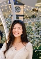 A photo of Anya, a tutor from University of Chicago