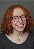 A photo of Nina, a tutor from Smith College