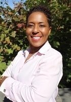 A photo of Angela, a tutor from Howard University