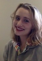 A photo of Andrea, a tutor from Grinnell College