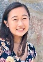 A photo of Ririko A., a tutor from Tufts University