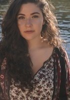 A photo of Gabrielle, a tutor from Kenyon College