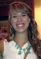 A photo of Emily, a tutor from Roanoke College
