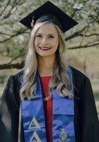 A photo of Lauren, a tutor from University of Arkansas-Fayetteville