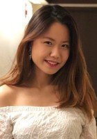 A photo of Sophia, a tutor from Yale University