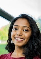A photo of Divya, a tutor from Rensselaer Polytechnic Institute