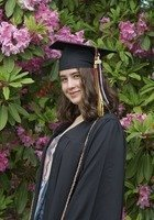 A photo of Sarah, a tutor from University of Puget Sound