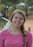 A photo of Lauren, a tutor from Santa Clara University