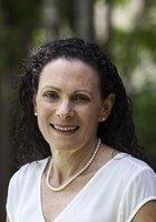 A photo of Valerie, a tutor from University of Arizona