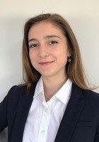 A photo of Alejandra, a tutor from Stanford University