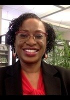 A photo of Brenda, a tutor from CUNY Queens College