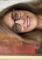 A photo of Vicki, a tutor from Colgate University