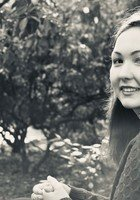 A photo of Chloe, a tutor from University of Puget Sound