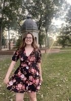 A photo of Lauren, a tutor from University of North Carolina at Greensboro