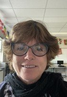 A photo of Sheila, a tutor from University of Connecticut