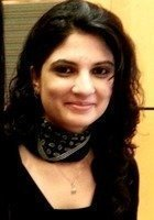 A photo of Hiba, a tutor from GUST