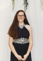 A photo of Emily, a tutor from Boston University