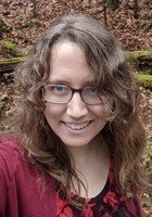 A photo of Kristina, a tutor from Oberlin College