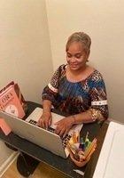 A photo of Karen, a tutor from University of Arkansas at Little Rock