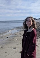 A photo of Julia, a tutor from Bowdoin College