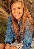 A photo of Alyssa, a tutor from Hamline University