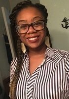 A photo of Courtney, a tutor from Florida Agricultural and Mechanical University