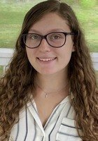 A photo of Dani, a tutor from Eastern Connecticut State University