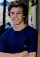 A photo of Maxwell, a tutor from University of Arizona