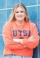A photo of Lillie, a tutor from The University of Texas at San Antonio