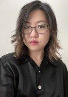 A photo of Eun Seo, a tutor from Hamilton College