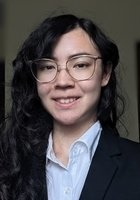 A photo of Naomi, a tutor from University of Minnesota-Twin Cities