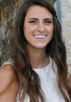 A photo of Kelly, a tutor from Loyola University Maryland